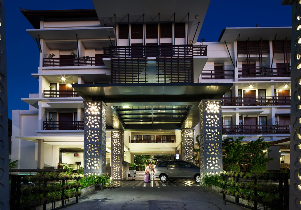 Sun Island Hotel and Spa Kuta Facade