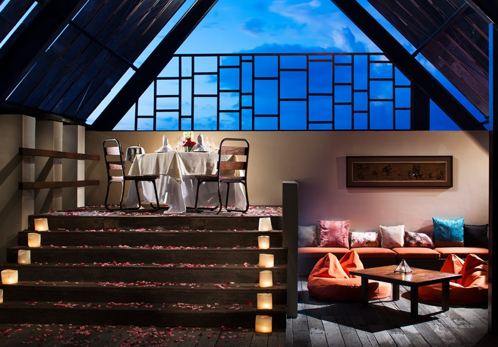 Sun Island Hotel Legian Offers - Romantic Dinner